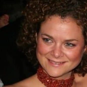 Photo of Chairwoman Michelle Nebbs